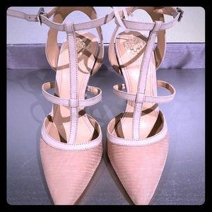 NEW Vince Camuto caged blush heels